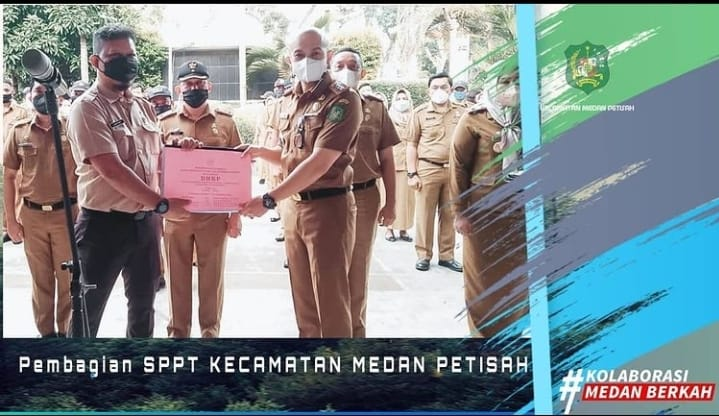 Penyerahan Simbolis SPPT PBB BPPRD Kepada Camat Medan Petisah
