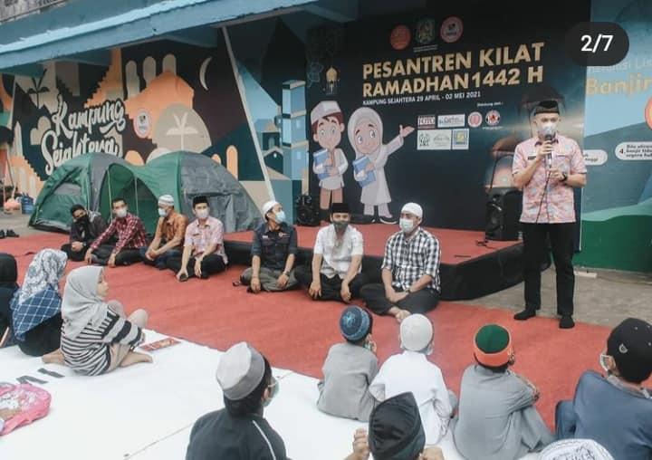 Camat Medan Petisah Membuka Pasantren Kilat di Kampung Sejahtera