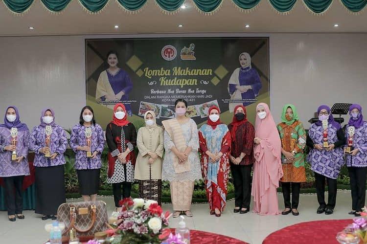 PKK Kecamatan Medan Petisah Juara 3 Lomba Makanan Kudapan Berbasis Non Beras Non Terigu