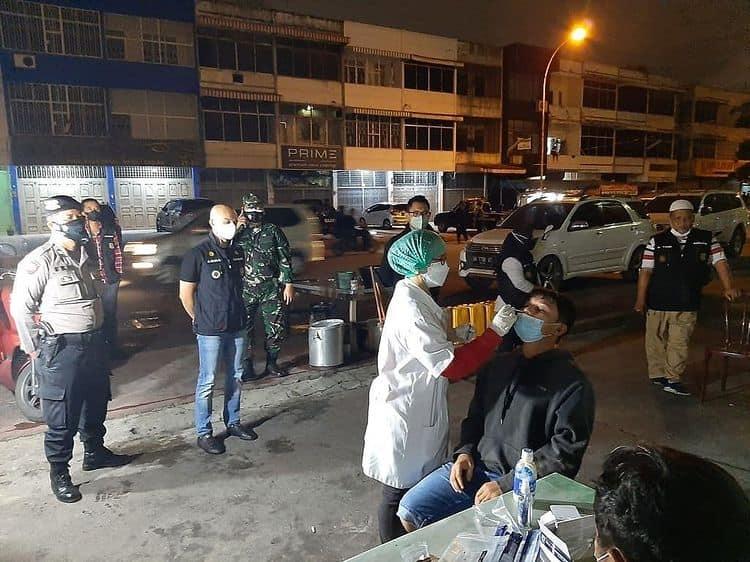 Giat Monitoring PPKM Level 4 Dan Testing Swab Antigen Di Wilayah Kecamatan Medan Petisah