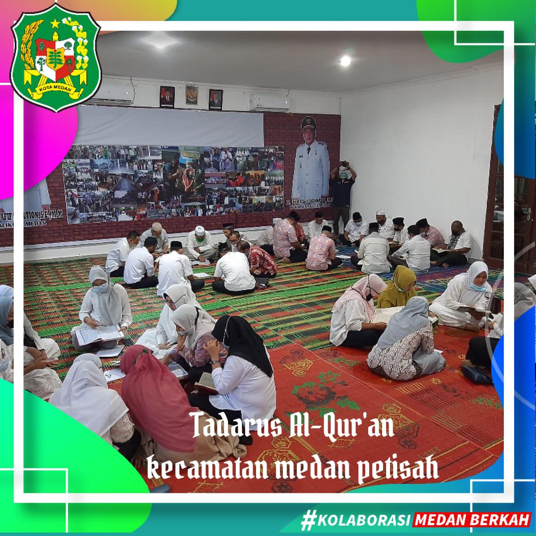 Tadarusan Al-Qur'an di Kantor Camat Medan Petisah